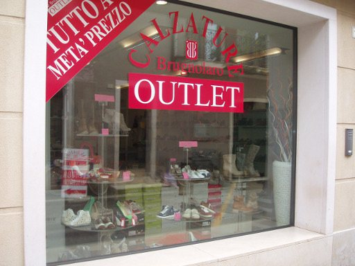 Outlet brugnolaro calzature for Outlet casalinghi milano