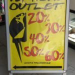 Vertical Outlet Insegna