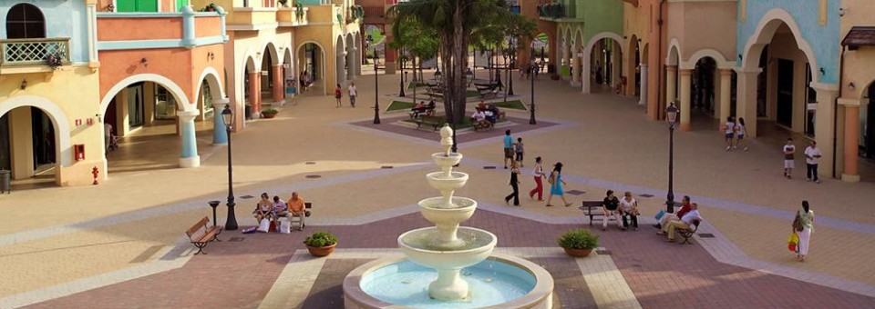 Molfetta Outlet Village Fashion District